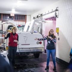 Ambulatory truck
