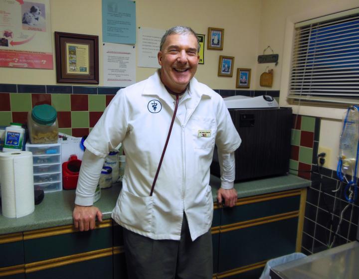 Dr. Mark Helfat in an exam room