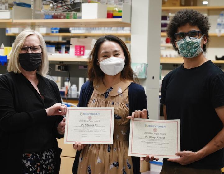 Dr. Deb Fowell with Biocytogen award winners Drs. Sohyoung Lee and Abbrey Monreal